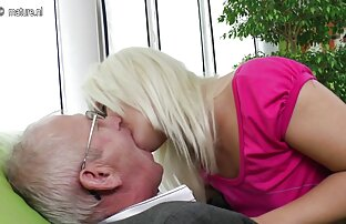Membayar seks Oral dengan gadis door contoh cerpen peristiwa fine parutan