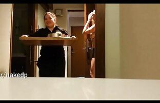 Gadis telanjang kumpulan cerita lucu sunda menunjukkan foto-foto yang realistis.